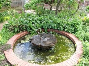 Ryton Gardens 27
