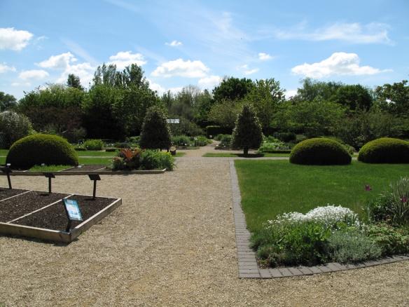 Ryton Gardens 9