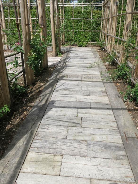 trädgårdens golv 1