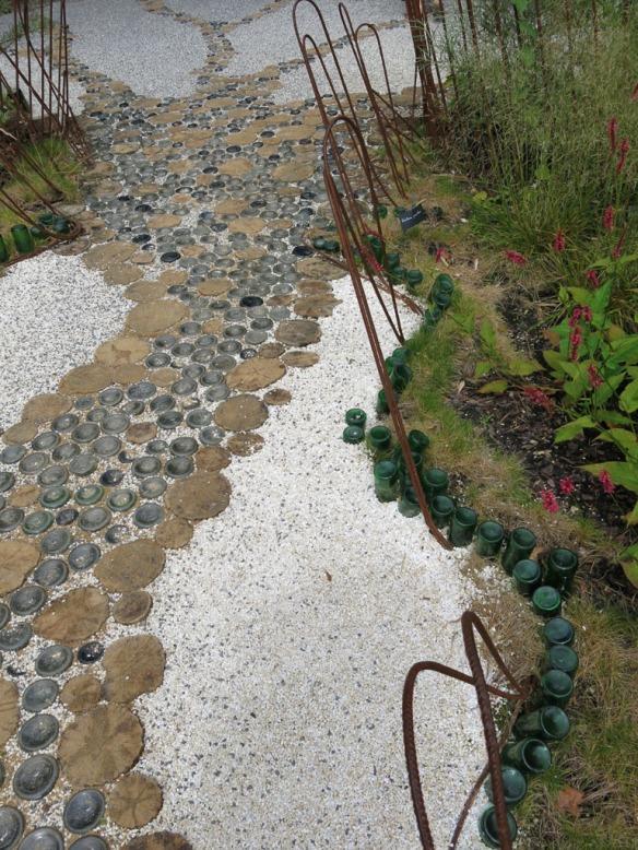 Trädgårdens golv 5