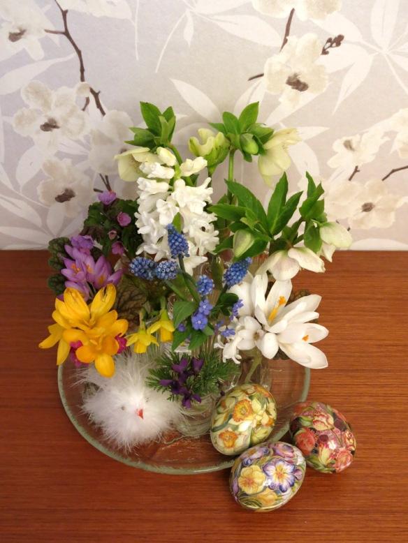 1 april 15 påsk vårbukett vårblommor 2