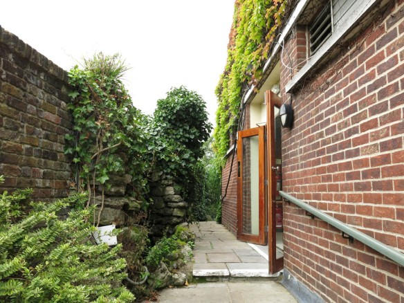 3-aug-15-roof-garden-1