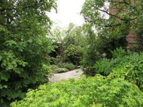 3-aug-15-roof-garden-english-2